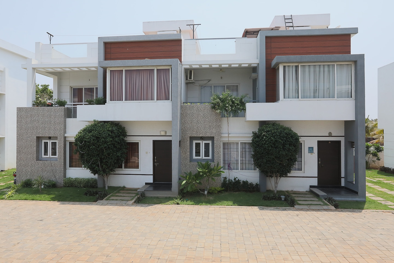 OYO 42045 Nakshatra Enclave -1