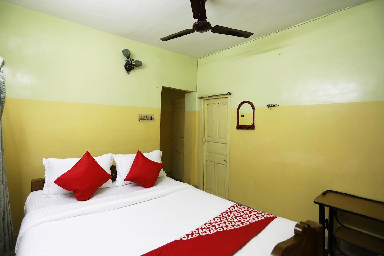 OYO 42056 Jadavpur Guest House -1