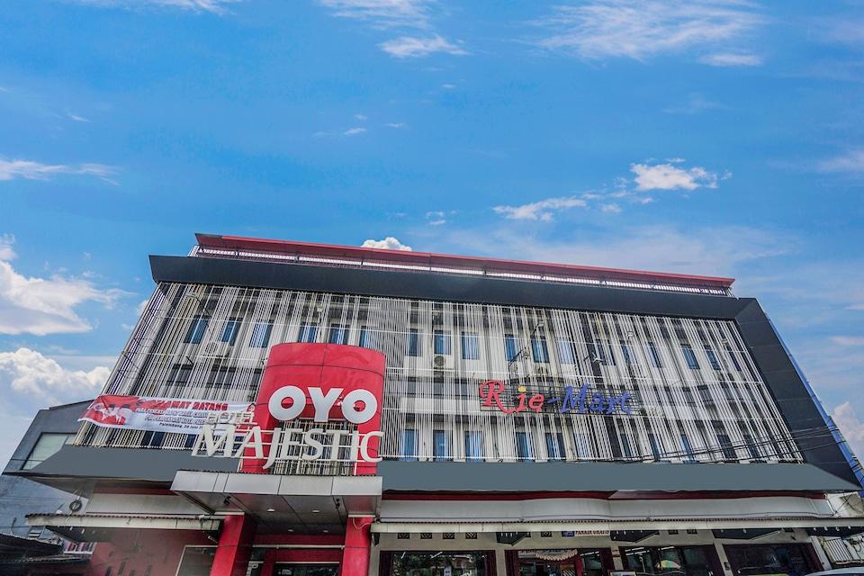 OYO 1039 Hotel Majestic