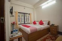 OYO 42066 Hotel Ghakhel Deluxe