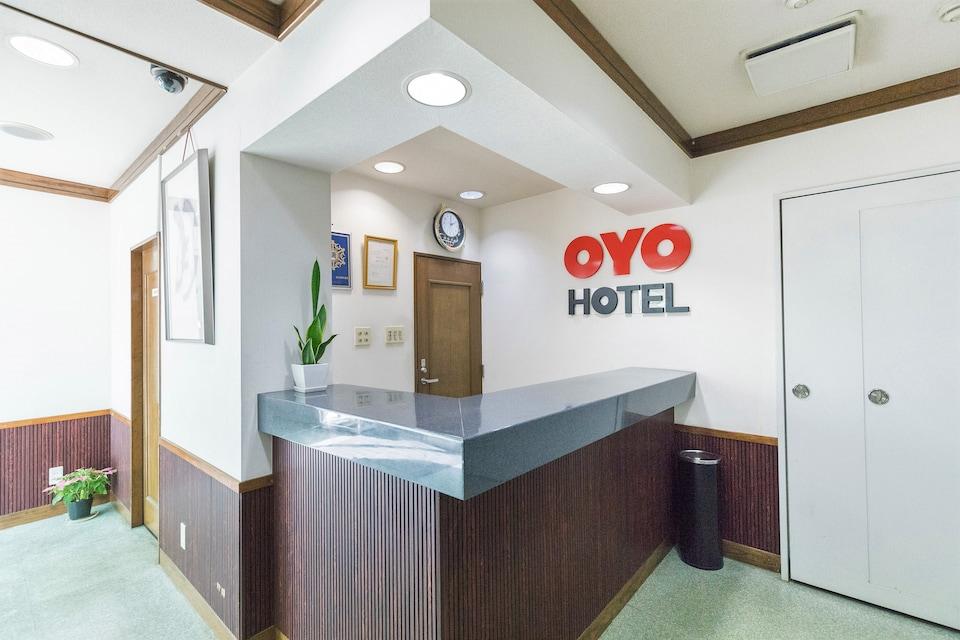OYO Iwata Station Hotel
