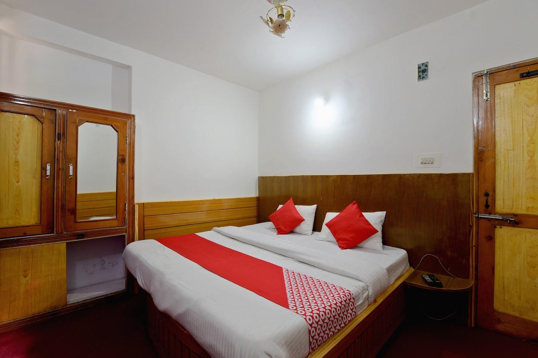 OYO 42119 Hotel Kunal -1
