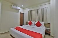 OYO 42257 Hotel Daksh Dwarka