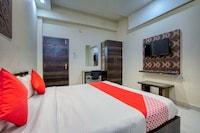 OYO 42377 Hotel Rewa Shree