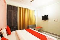 OYO 42405 Noida Relax