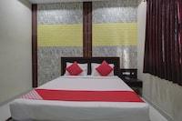 OYO 42509 Es Residency