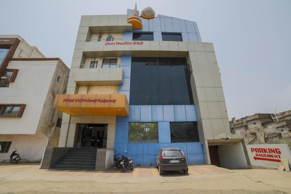 OYO 42639 Hotel Vidyadeep Regency