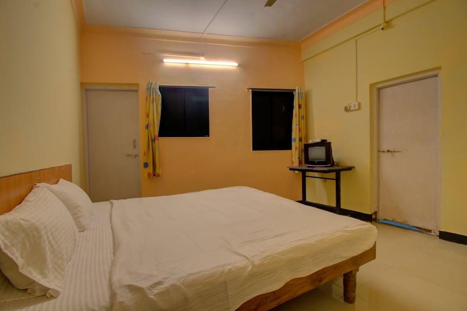 SPOT ON 42649 Hotel Rajyog