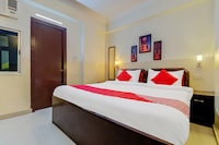 OYO Flagship 42717 Hotel Fort Deluxe