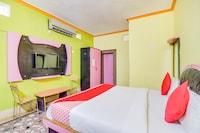 OYO 42729 Hotel Kavin's Inn