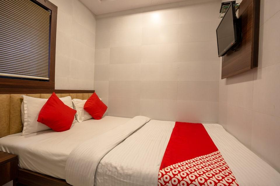 OYO 42741 Hotel Avenue Residency