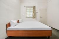 SPOT ON 42744 Hotel Gurukrupa SPOT