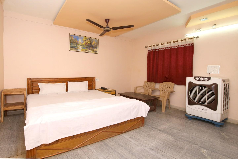 SPOT ON 42758 Hotel Shreyansh -1
