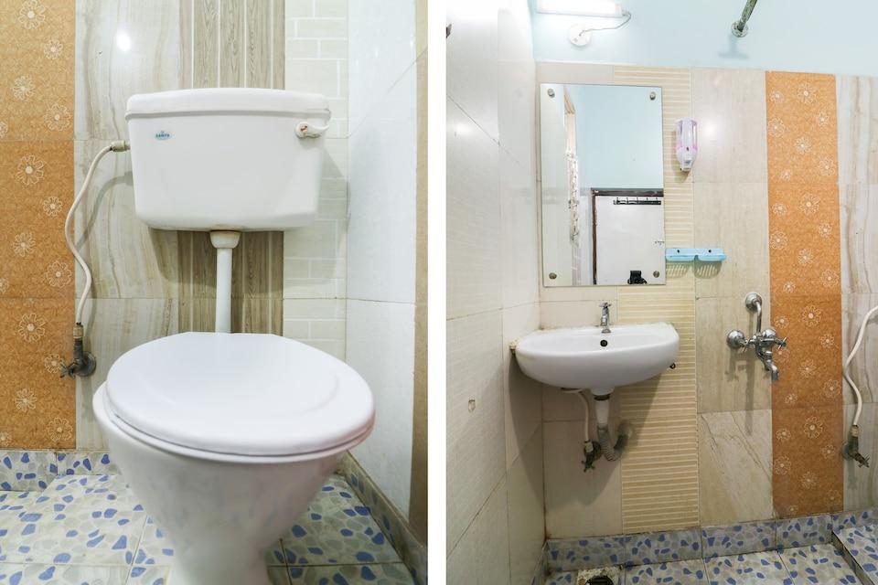 OYO 42780 Hotel Neelkanth