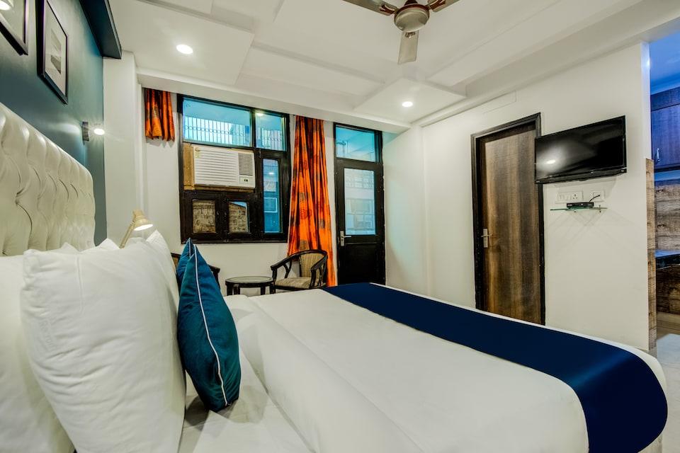 SilverKey Executive Stays 42891 Hira Palace, Okhla Jasola Delhi, Delhi