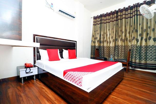 OYO 42897 Shiv Shankar Guest House