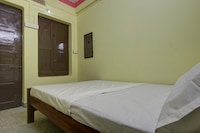 SPOT ON 42929 Sairam Residency SPOT