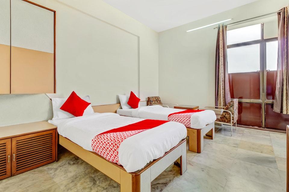 OYO 42978 Hotel Manas