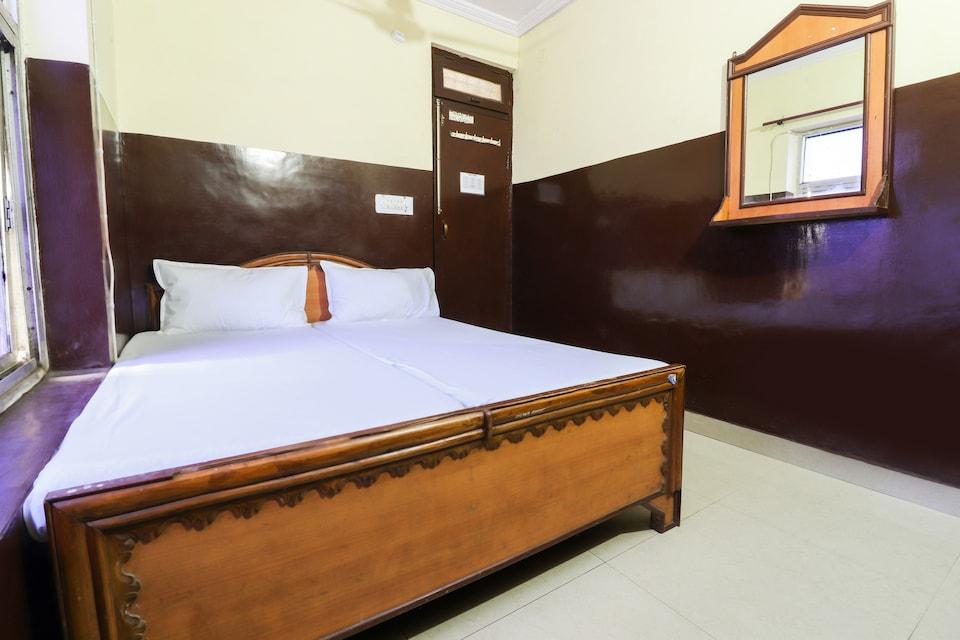 SPOT ON 42979 Hotel Inder Regency