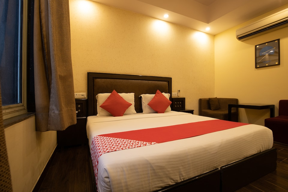 OYO 42981 Hotel Rupam Kingston Park