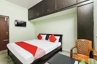 OYO 42984 Kartikeya Park View Residency