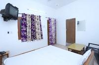 SPOT ON 42992 Urvashi Hotel SPOT