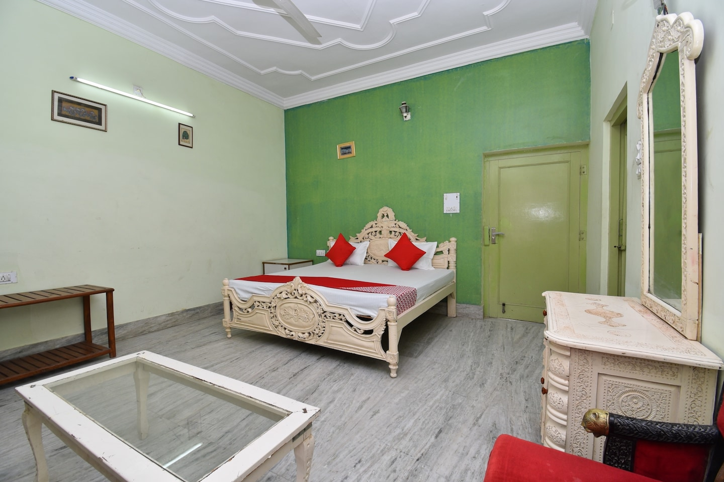 OYO 42998 Bikaner Holiday Resort -1