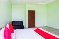 OYO 42999 Indraprastha Hotel