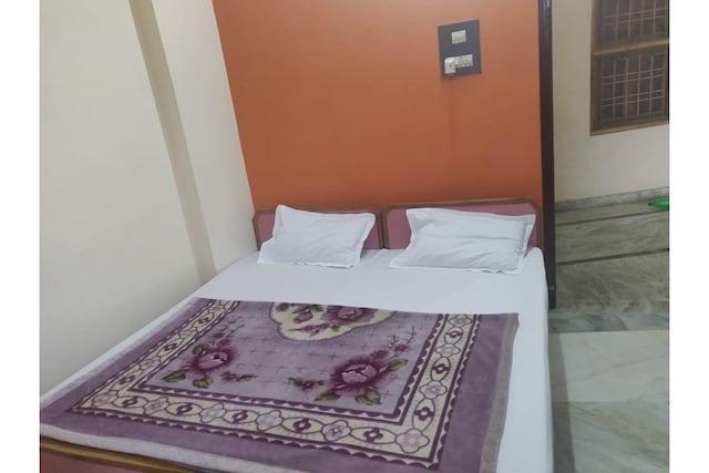 SPOT ON 43118 Hotel Sk Palace SPOT