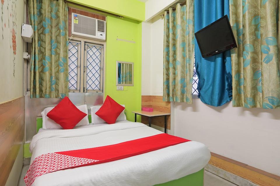 OYO 43131 Anand Villa
