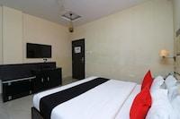 Capital O 43133 Hotel The Floret