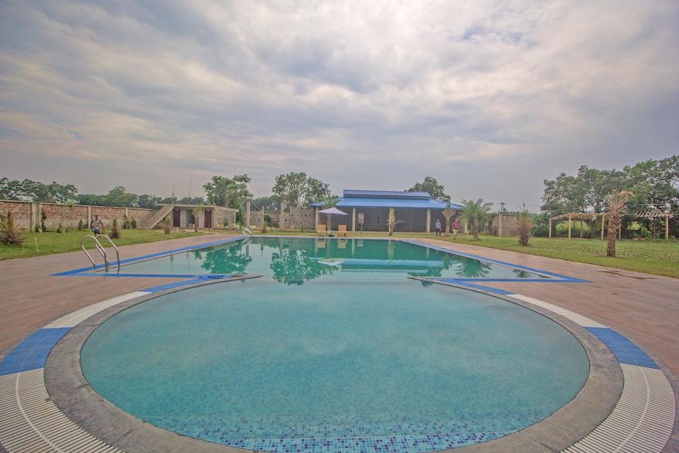 Capital O 43145 Mayaban Resort