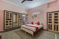 OYO 43262 Hotel Yuvraj