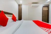 OYO 43267 Hotel Biravi Inn