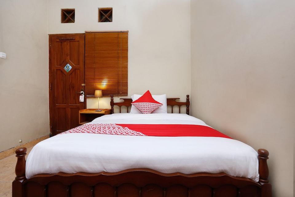 OYO 1072 Kampung Condro Wulan Guesthouse
