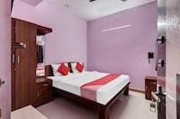OYO 43279 Sri Raj Residency Saver