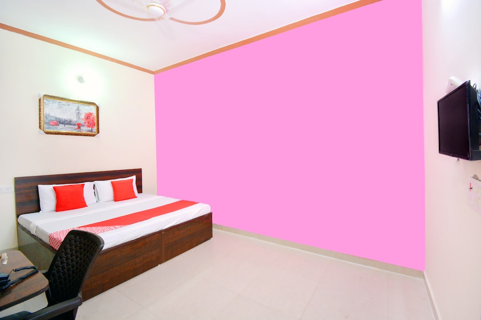 OYO 43320 Mannat Guest House