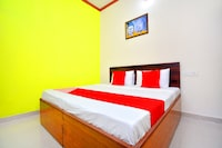 OYO 43320 Mannat Guest House Deluxe