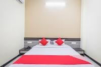 OYO 43428 Hotel Surana Palace