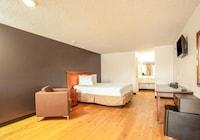 OYO Hotel Centralia