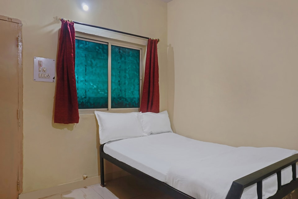 SPOT ON 43447 Hotel Meghraj