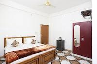 SPOT ON 43453 Hotel Yuvraj SPOT