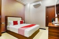 OYO 43474 Hotel Blue Sky