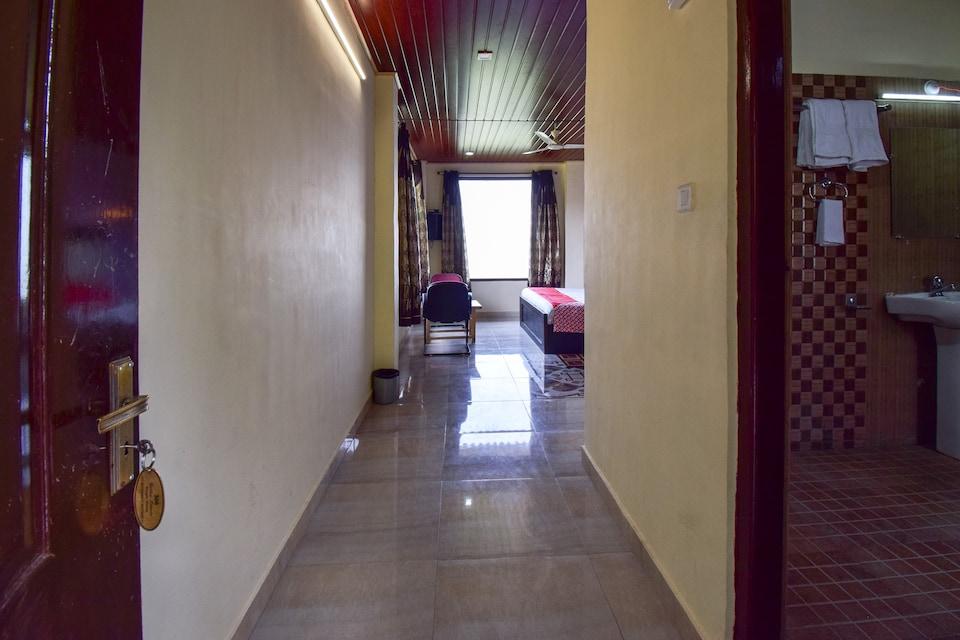 OYO 43476 Vatika Resort, Kachi Ghati- summerhill, Shimla