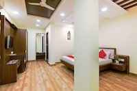 OYO Flagship 43480 Amudha Residency Mogappair East