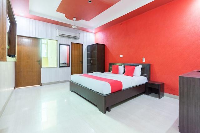 OYO 43487 Hotel Dalamwala