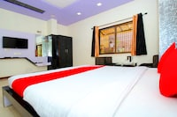 OYO 43491 Hotel Arbuda Residency Deluxe