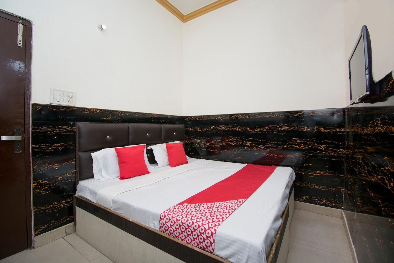 OYO 43606 Darshan Guest House -1