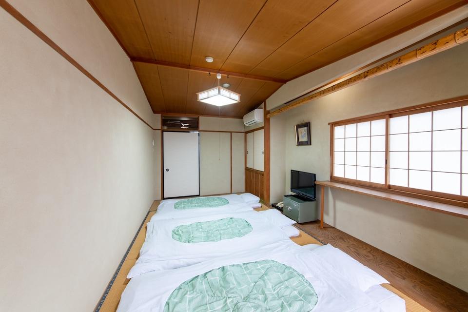 OYO Ryokan Marutora Bekkan Nishio Kira