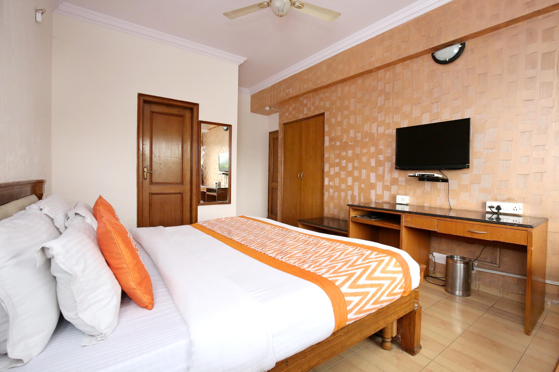 OYO 3932 Welcome Residency Hotel 35